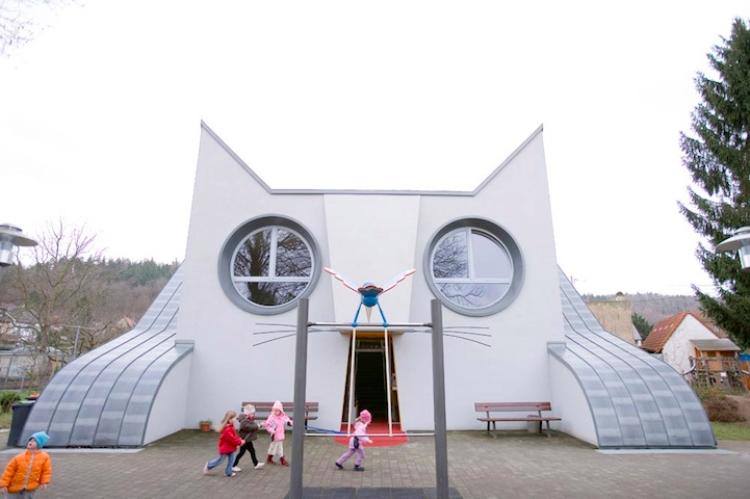The Giant Cat Kindergarten, Germany